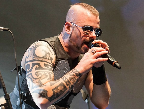 Hammerhart - Fotos: Sabaton live beim Knock Out Festival 2013 in Karlsruhe